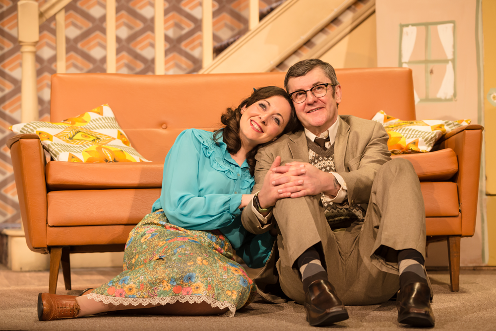 Shot of Sarah Earnshaw and Joe Pasquale as Betty and Frank Spencer in Some Mothers Do 'Av 'Em